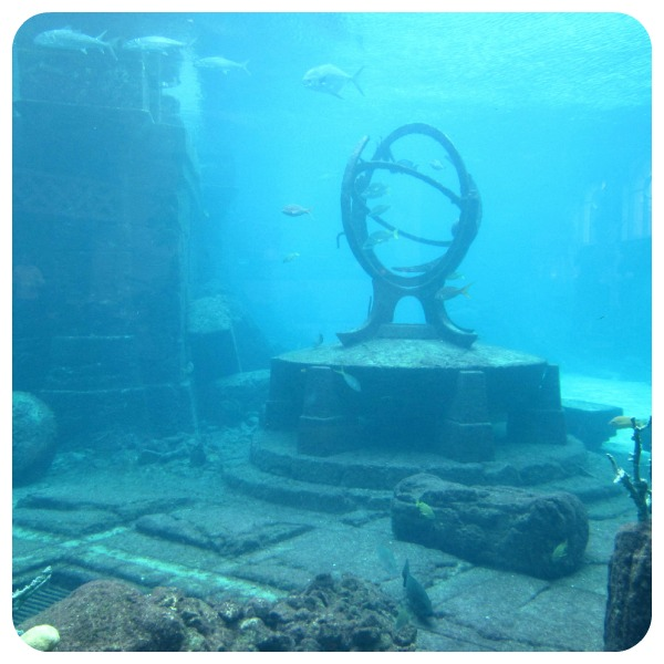 2. mysterious ruins found in ocean-Netmarkers