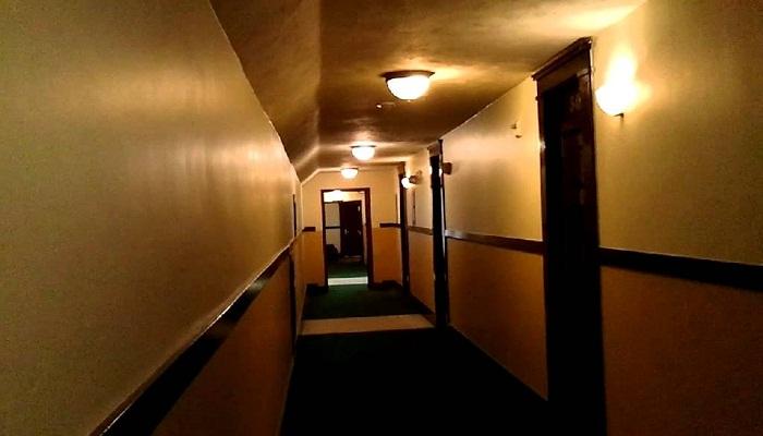 hotel room 307-Netmarkers