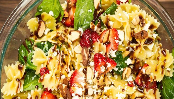 strawberry-balsamic-pasta-Netmarkers