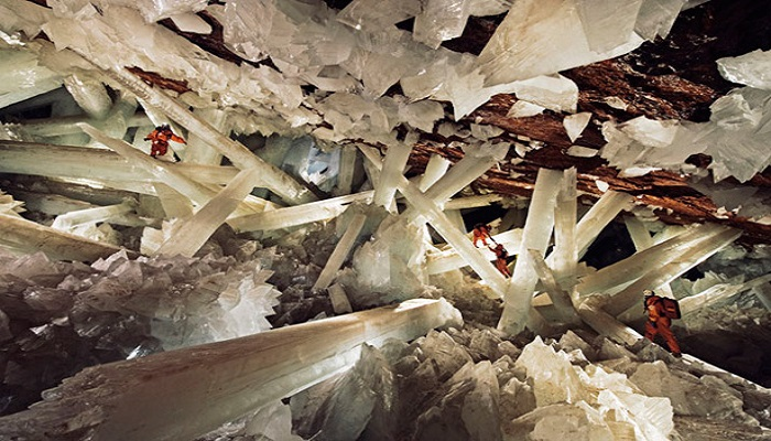 cave-of-crystals-mexico-netmarkers
