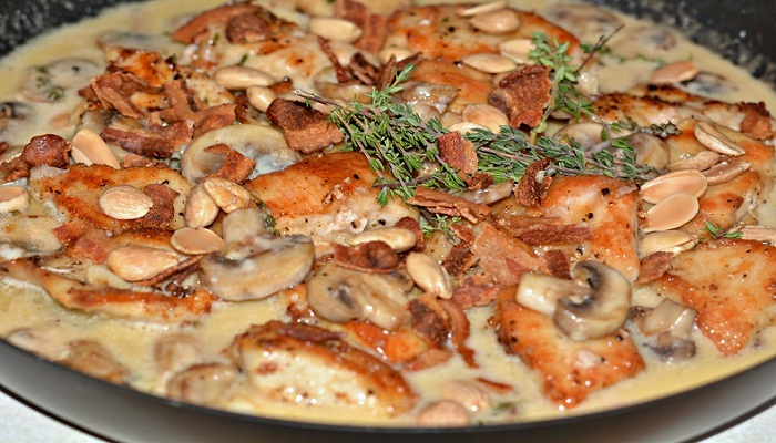 Crispy-Chicken-Thighs-with-Wild-Mushroom-Netmarkers