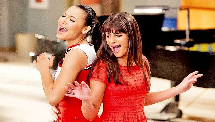lea-Michele-and-Naya-Rivera-netmarkers