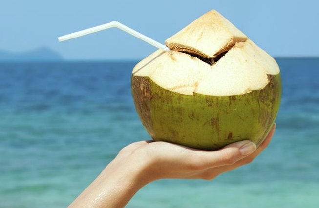 Beauty Tips For All Skin Type-Stay Hydrated with Coconut Water-NetMarkers